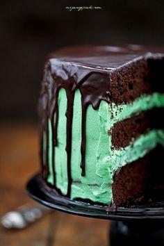 Moje Wypieki | Tort czekoladowo - miętowy