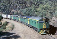 Lash Up, Diesel Engine, Trains, Transportation, Around The Worlds, Train