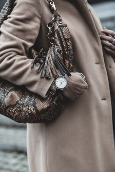 #tissot #bag #watch #blogger #fashion #style #winter #switzerland