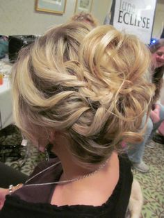 Loose up do Done by Cassandra at : The Galleria Salon & Day Spa Laconia, NH 03276 www.facebook.com/thegalleriasalon
