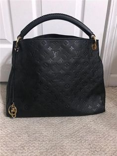 Louis Vuitton Artsy MM Black Calf Leather Hobo Bag  fashion  clothing  shoes    ab886660247d3