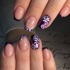 stylish dress before the New Year. There are new nail trends replaced by others year after year. Some nail designs give way to others and become less popular. Nails for New Years 2018 will be special too. We'll tell you about preferred colors, fashionable New Year's Nails, New Nail Art, Cool Nail Art, Hair And Nails, Fancy Nails, Trendy Nails, Cute Nails, Popular Nail Designs, Best Nail Art Designs