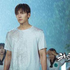 Actor Ji Chang Wook 's photo update (25-07-2016)  เซ็ทเปียกฝน หนาวเลย  Credit :Glorious Entertainment.  #지창욱 #jichangwook #TornadoGirl2 #池昌旭  #旋风少女2