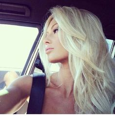Platinum blonde...Want to do my hair like this!