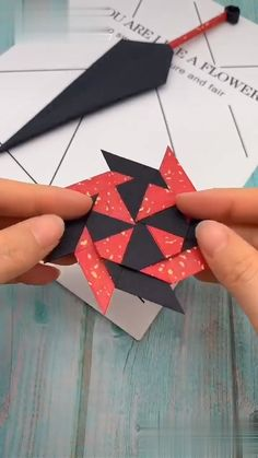 Diy Discover Diy Crafts Hacks Diy Arts And Crafts Diy Craft Projects Fun Crafts Origami And Kirigami Paper Crafts Origami Diy Origami Diy Gift Box Family Crafts paper Diy Crafts Hacks, Diy Crafts For Gifts, Diy Arts And Crafts, Creative Crafts, Handmade Crafts, Cool Paper Crafts, Paper Crafts Origami, Fun Crafts, Crafts For Kids