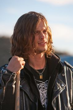 matthew gray gubler with long hair images Dr Spencer Reid, Dr Reid, New Criminal Minds, Spencer Reid Criminal Minds, Matthew 3, Beautiful Men, Celebs, Actresses, Long Hair Styles