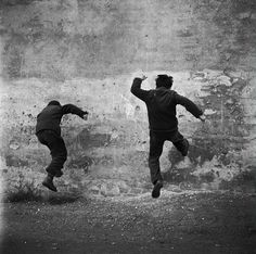 Coyote Atelier photography inspiration: Against seems, 1960 - by Dagmar Hochová (1926 - 2012), Czech