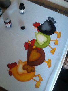 Chicken Quilt, Chicken Bird, Chicken Crafts, Tole Painting, Ceramic Painting, Fabric Painting, Painting On Wood, Creative Crafts, Diy And Crafts