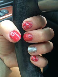 Jamberry Ohio State mixed mani nails. #gobucks #OHIO