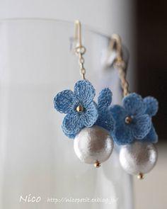2017.4.28    あじさいとコットンパールのピアス    違う角度から。    お花はそんなに小さくないのですが、細い糸で丁寧に編み上げています。    去年は白であじさいをたくさん作りましたが、今年は青にも挑戦してみました。    #crochetflowers #crochet #crochetaccessories #handmade #handmadeaccessories  #レース編み #レース編みアクセサリー #ハンドメイド #ハンドメイドアクセサリー #アクセサリー #手仕事 #ものづくり #あじさい #ピアス #コットンパール #レース編みアクセサリーNico  #中央林間手づくりマルシェ