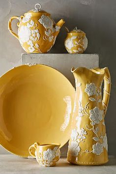 "15 brilliant gift ideas for your friends who love yellow - ""COLEUR"" YELLOW Gelb Giallo Jaune -"