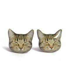 Catbird::::Sleeping Kitty Studs~