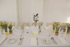 Table setting for a 1930s Inspired Industrial Chic City Wedding | Photography by http://www.rebeccadouglas.co.uk/blog/
