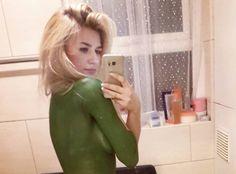 Model Kelly Klein Walks Around London Topless In Body Paint  How Many People NOTICE? http://ift.tt/2kki0V3
