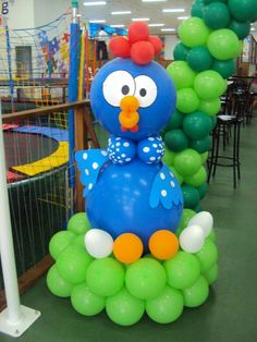 Balloon Decorations, 2nd Birthday, Making Out, Smurfs, Balloons, Chicken, Character, Google, Ideas