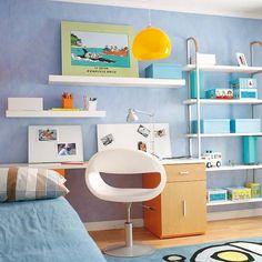 Dormitorio juvenil con zona de estudio: escritorio
