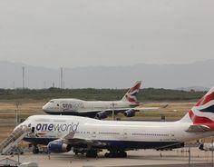 """""""British Airways 747-400 at Cape Town International Airport #airline #airport #airways #aviation #aviationza #aviationphotography #boeing #boeing747…"""""""