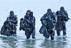 SEALs wearing rebreathers