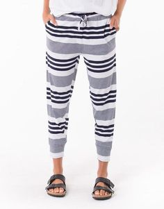 Casual Clothing and basics that you can wear everyday for every occasion. Shop Betty Basics, Elm Lifestyle, Silent Theory, Home Lee and Foxwood online. Casual Outfits, Pajama Pants, How To Wear, Shopping, Clothes, Collection, Fashion, Outfits, Moda