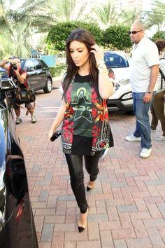 Kim Kardashian Leaving her hotel in Miami December 3 2012