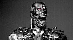 """Un esperimento condotto nel 2009 a  l'Ecole Polytechnique de Lausanne , ha dimostrato che i robot hanno acquisito la capacità di mentire. I robot sono stati insieme per produrre risorse utili, evitando pericolosi. Per la sorpresa degli organizzatori, la macchina ha imparato a ingannare a vicenda per pulire più risorse stesse. """"Questo significa che possono anche imparare l'auto-difesa,"""" - dice del Monte."""