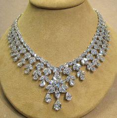 00526 NK 87.27 Carat Diamond Necklace