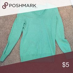 Medium mint green old navy sweater Perfect condition and so cute on!! Old Navy Tops