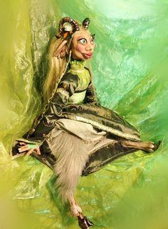 La Glaistig Princess Zelda, Etsy, Fictional Characters, Art, Embroidered Flowers, Celtic Knot, Seductive Women, Fantasy Characters, Woods