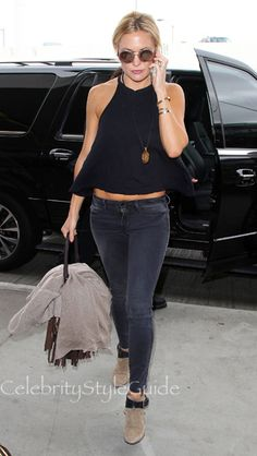 Kate Hudson Rocking 'Penny Lane' Style Sunglasses At LAX