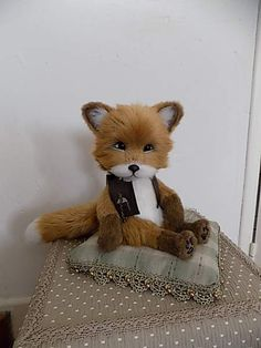 "FOX ""Rudy"" By Isabelle Masselot - Bear Pile"