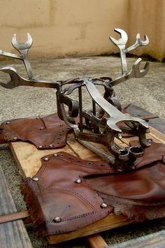 Scrap Metal Art - Martiens Bekker - Port Isaac is an artist and sculptor using recycled scrap materials www.martiensbekker.co.uk