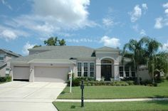 Oviedo Florida Home -  Needs a bit bolder color to really stand out