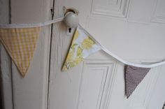 golden brown decorative bunting.