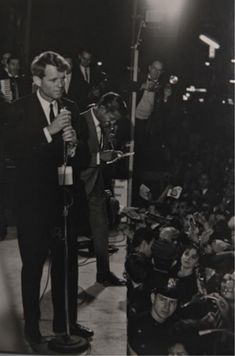 I'm Kaitlyn and I love the Kennedy's (duh lol) Please ask any questions, I will try to. Robert Jr, Robert Kennedy, George Plimpton, Andy Williams, Ethel Kennedy, Photograph Album, Unique Photo, Jfk, Bobby