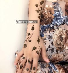 61 Ideas Design To Draw Patterns Leaves Bridal Henna Designs, Mehndi Art Designs, Latest Mehndi Designs, Simple Mehndi Designs, Henna Tattoo Designs, Mehandi Henna, Hand Mehndi, Mehndi Tattoo, Mehndi Design Pictures