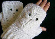 White Owl Crocheted Fingerless Gloves, Mitts, Mittens, Wristwarmers by customcrochet, $27.00 USD https://www.zibbet.com/customcrochet #zibbet #fingerless gloves