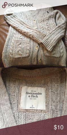 Abercrombie cardigan sweater Used Abercrombie cardigan (oatmeal) Abercrombie & Fitch Sweaters Cardigans