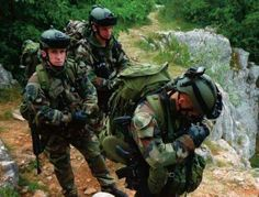 2éme Regiment Etrangere de Parachutistes French Foreign Legion, Military Units, French Army, Warriors, Badass, Success, Sweet, Life, White People