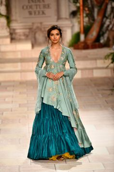 Latest Bride Sister Lehenga Designs by Anju Modi. Her latest collection was showcased at ICW 2018 and has some amazing Pre-Wedding, and Bridal Lehengas. Indian Attire, Indian Ethnic Wear, Indian Wedding Outfits, Indian Outfits, Dress Wedding, Indian Bridal Fashion, Indian Designer Outfits, Designer Dresses, Ethnic Wear Designer