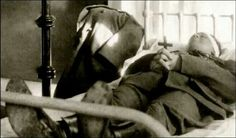 Michael Collins body lying in hospital - Michael Collins (Irish leader) - Wikipedia, the free encyclopedia Ireland 1916, Dublin Ireland, Ireland Map, Ireland Pictures, Images Of Ireland, Irish Independence, Michael Collins, Irish Quotes, Ireland Homes