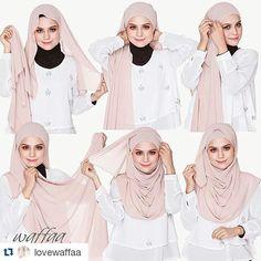 Pour satisfaire tous les goûts, Nous allons vous proposer une sélection merveilleuse de 40 Tutoriels De Hijab Moderne Et Char3i Pour Vous Inspirer! Des jolis et modernes Tutos Hijab qui vous donneront une idées sur les dernières tendances Style de Hijab. inspirez vous!! Source des Photos: instagram.com Vous en dites quoi? commentaires