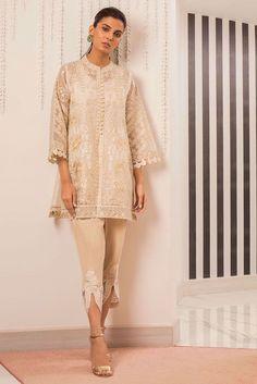Picture of Embellished organza kurta Pakistani Kurta Designs, Pakistani Dresses, Fashion Brand, Womens Fashion, Long Jackets, Indian Designer Wear, Ethnic Fashion, Silk Pants