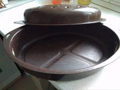 Kovászos fehérkenyér - Gyönyörű a textúrája, friss-ropogós a héja! - Ketkes.com Iron Pan, Garden Pots, Cast Iron, Garden Planters
