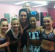 Girls with Kevin!