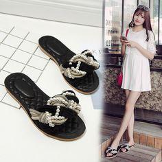 Top Sale Summer Women Flip Flops Flats Sandals Garden Shoes Handmade Pearl Slippers Jelly Color Casual Original Beach Slides