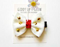 Sleeping Beauty Princess Aurora Inspired Crown by giddyupandgrow