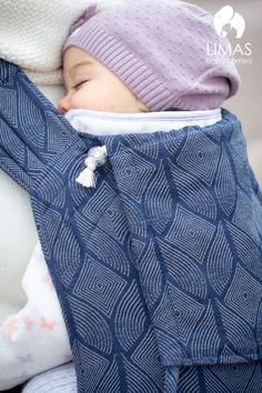 Limas Babytrage Pava Midnight Blue - mitwachsend von 3 bis 15 kg bei ZWERGE.de online oder im Babyladen bei Heilbronn kaufen und 1 Monat lang zuhause im Alltag auf Herz und Nieren testen. Bei Nichtgefallen einfach zurückgeben mit Easyback.