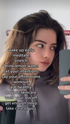 Girl Advice, Girl Tips, Girl Life Hacks, Girls Life, Healthy Habits, Healthy Life, Vie Motivation, Get My Life Together, Glow Up Tips