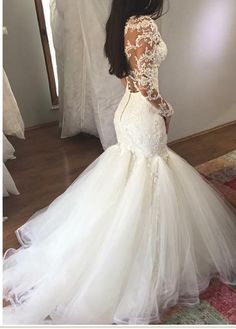 Mermaid Wedding Dress with Long Sleeves, V Neck Long Bridal Dress with Lace Appliques - Kleider - Hochzeitskleid Perfect Wedding Dress, Dream Wedding Dresses, Bridal Dresses, Event Dresses, Reception Dresses, Dresses 2016, Party Dresses, Formal Dresses, Long Sleeve Wedding