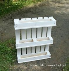 Pallet Projects, Pallet Ideas, Garden Projects, Fence Ideas, Diy Pallet, Yard Ideas, Pallets Garden, Wood Pallets, Wood Pallet Planters